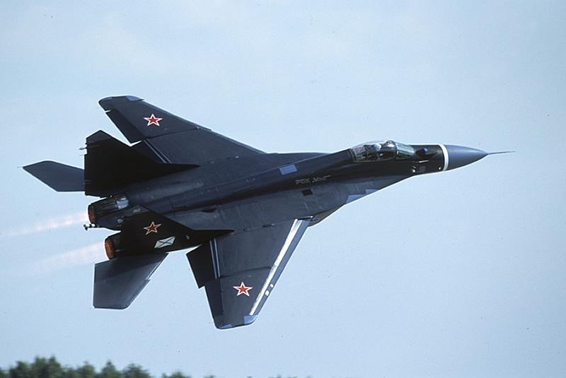 AIR_MiG-29K_lg