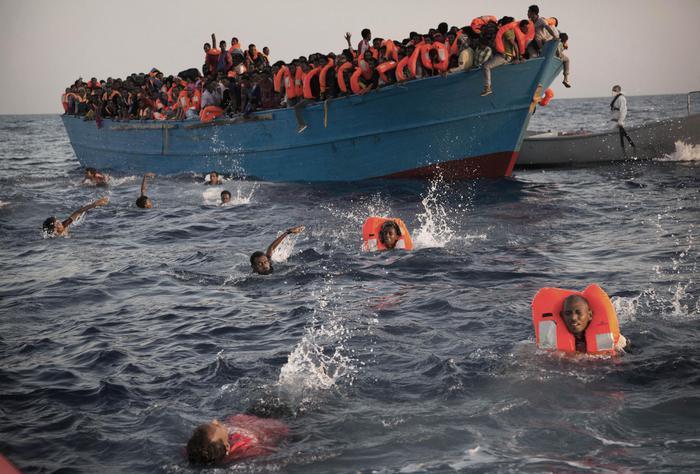Migranti: Gentiloni, sollecitata collaborazione libica